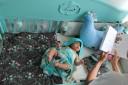 babybett-gute-nacht-minz-farben