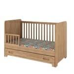 babybett-wood-140x70-eichenholz-rausfallschutz