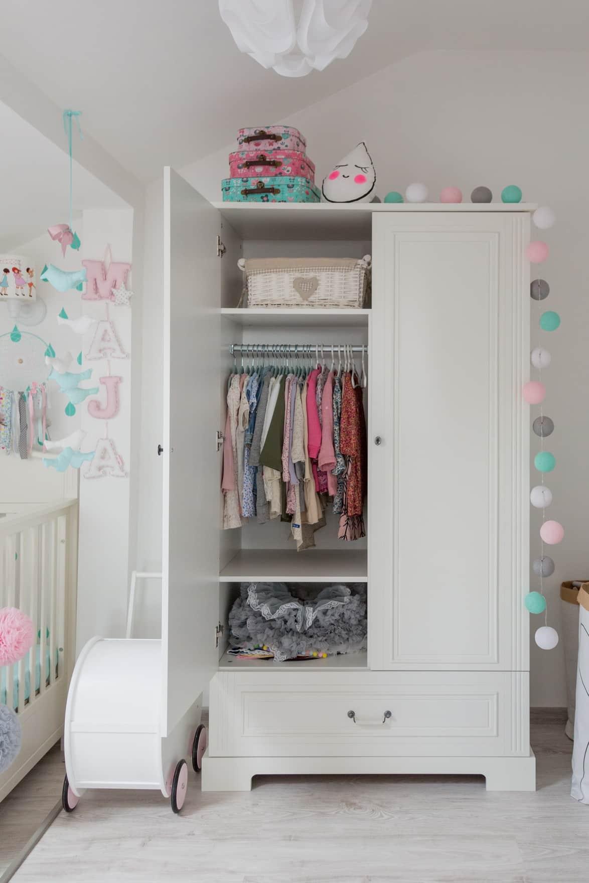 Kleiderschrank Traum Exklusive Mobel Furs Babyzimmer Zimmeria