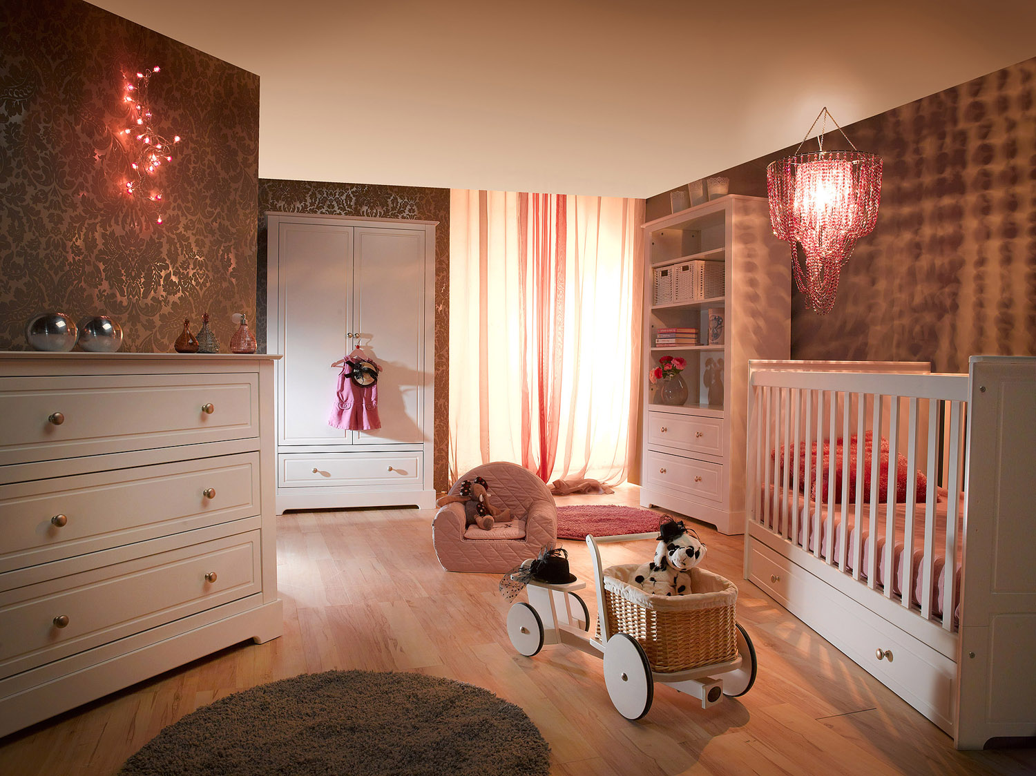 kinder babyzimmer mary komplett online kaufen. Black Bedroom Furniture Sets. Home Design Ideas