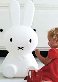 miffy-xl-led-kinderzimmerlampe-sitzend